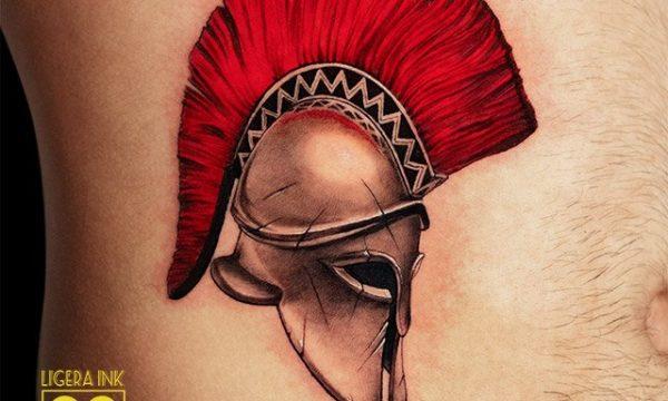 Ligera-ink-tattoo-milano-tatuaggi-milano-migliori-tatuatori-milano-tatuaggio-Tatuaggi-realistici-milano-tattoo-realistici-milano-tatuaggio-elmo-spartano