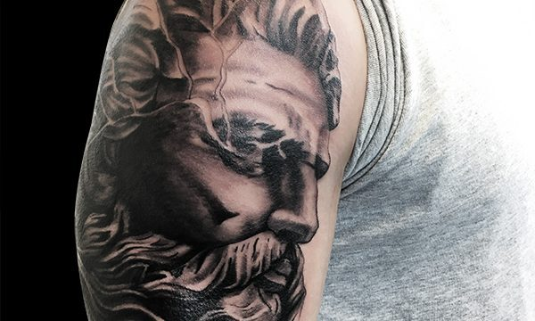 Ligera-ink-tattoo-milano-tatuaggi-milano-migliori-tatuatori-milano-tattoo-realistici-milano-tatuaggi-realistici-milano-tattoo-ritratto-milano-tatuaggio-ritratto-milano-tatuaggio-poseidone
